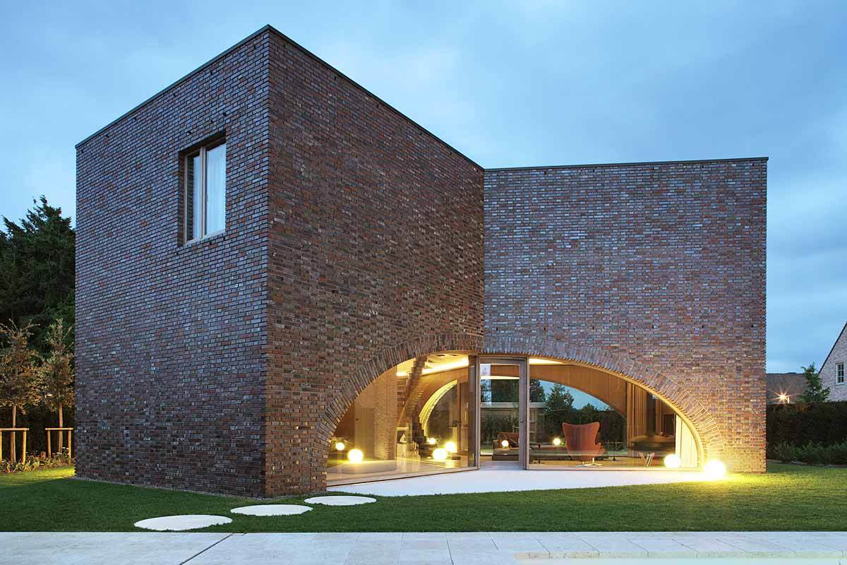Why Modern Architects Are Embracing Bricks Again?